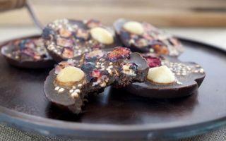 Чем можно заменить шоколад: 5 альтернативных сладостей