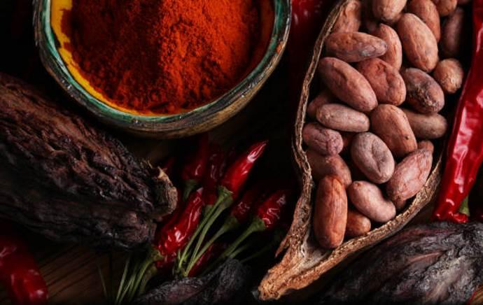Какао-бобы и чили