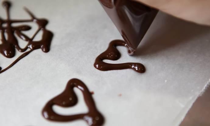 Сердечки из шоколада